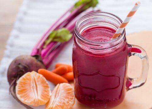 7 продуктів для боротьби з запаленням печінки та підшлункової залози