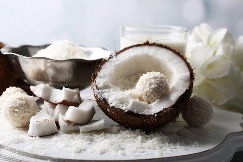 кокос це один з корисних продуктів