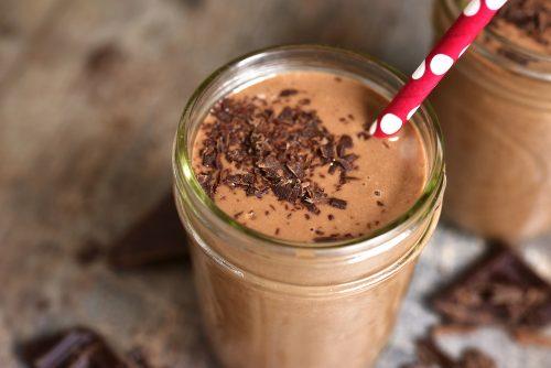 5 причин, чому не можна пити шоколадні коктейлі