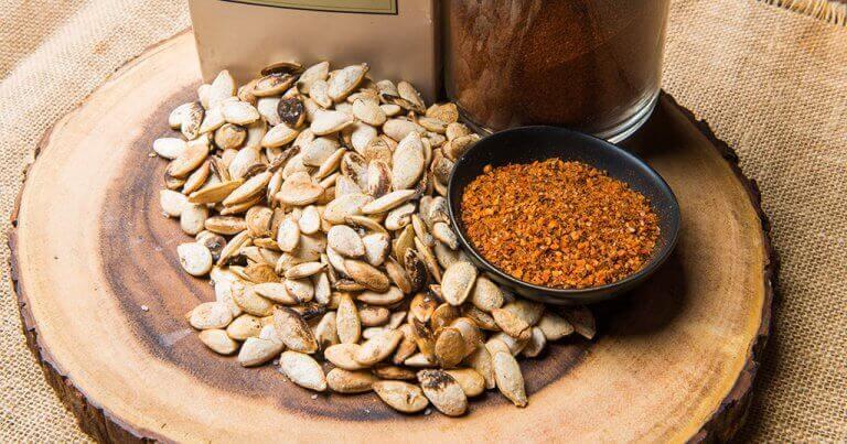 горіхи та насіння викликають сонливість після вживання їжі