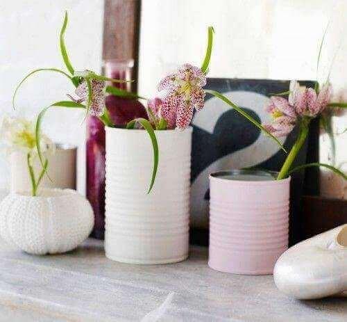 квіткові горщики з бляшанок