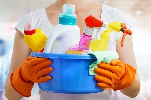 чистота вдома і хімікати