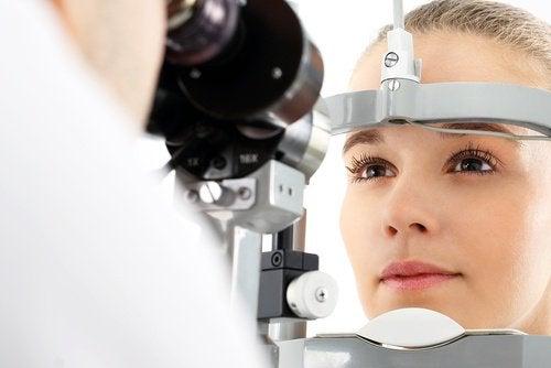поговоріть про здоровий зір зі спеціалістом