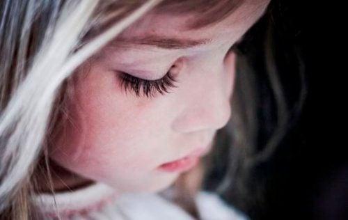 Сучасне виховання дітей – гамівна сорочка