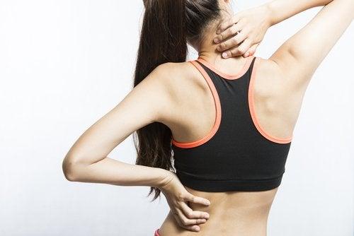 7 простих вправ, щоб зняти біль у м'язах