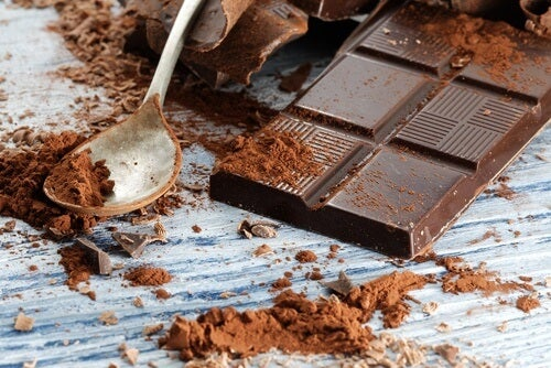 чорний шоколад для покращення роботи мозку