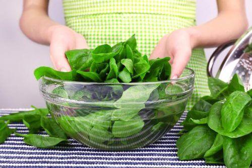зелені овочі виводять поганий холестерин