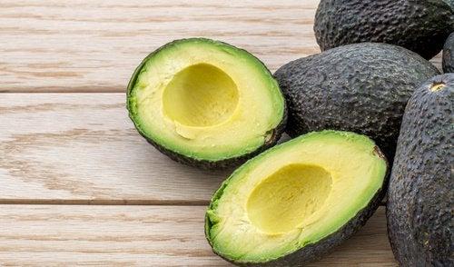 зберігання авокадо без насіння