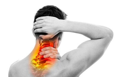 Біль у спині та шиї? Ми розповімо, що робити