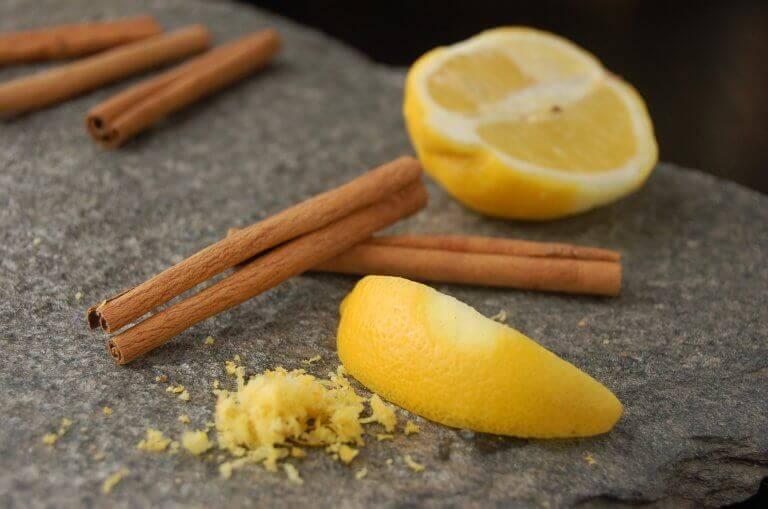 лимон з корицею