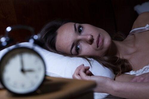 порушення режиму сну
