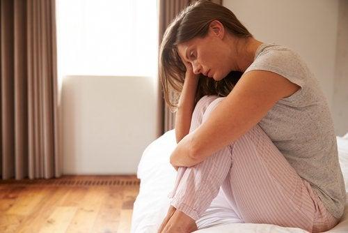 у чому різниця між смутком і депресією