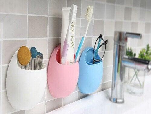 ванна кімната та речі для особистої гігієни