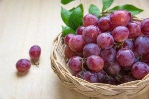 5 причин їсти червоний виноград