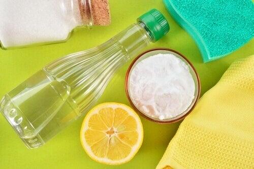пляшка, лимон, сода
