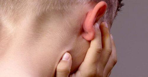 Червоні вуха