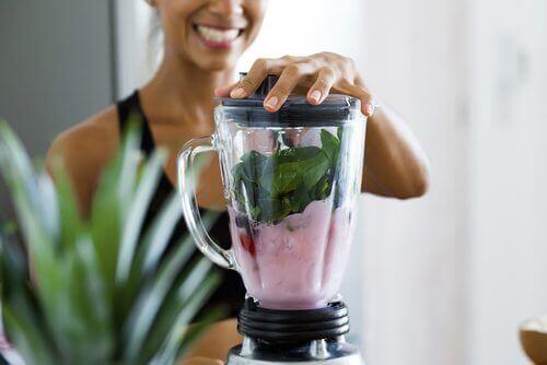 Чотири напої для схуднення, які ви повинні спробувати