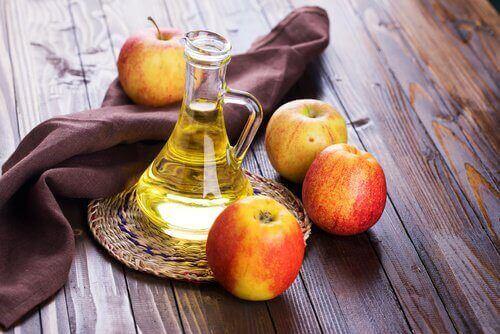 яклікувати дріжджову інфекцію за допомогою яблучного оцту