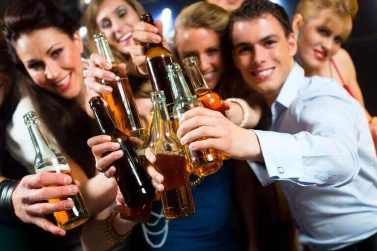 друзі і алкоголізм