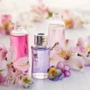 парфуми з квітами