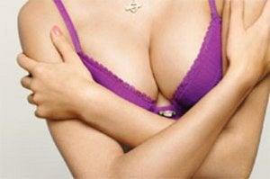 6 способів повернути грудям пружність