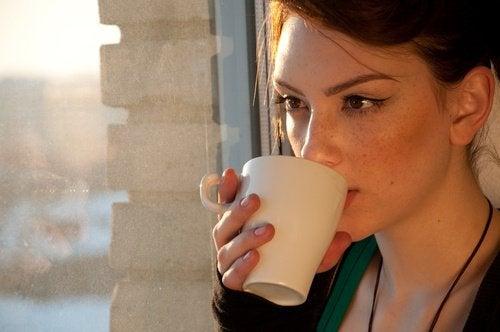 4 натуральні чаї проти розладів травлення