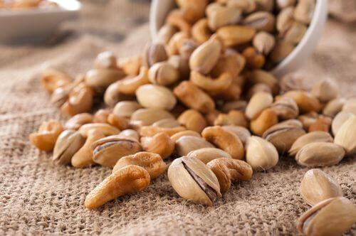 горіхи незамінні для організму