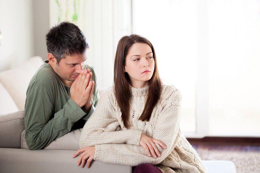 емоційне насильство в сім'ї