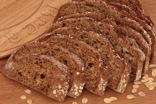 хліб допомагає при анемії