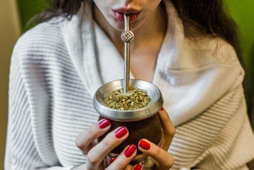 Чи знаєте ви, що чай мате допомагає схуднути?