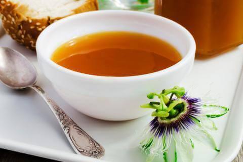 чай з пасифлори допомагає розслабити м'язи