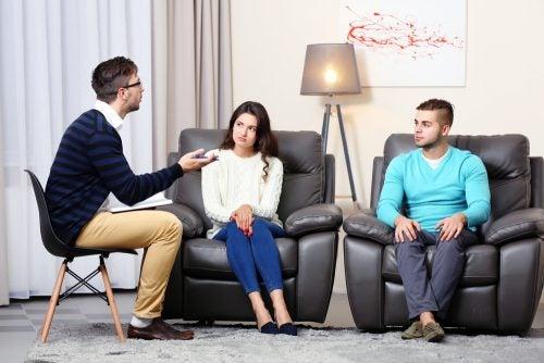 відвідини психолога допоможуть вирішити проблеми