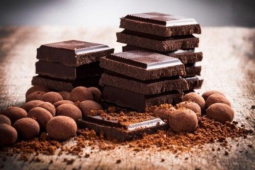 шоколад не можна їсти при кислотному рефлюксі
