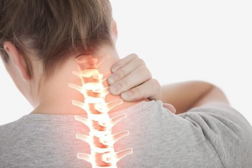 4 прості вправи для зменшення болю у шиї
