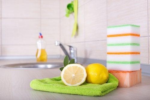 лимон для дезінфекції