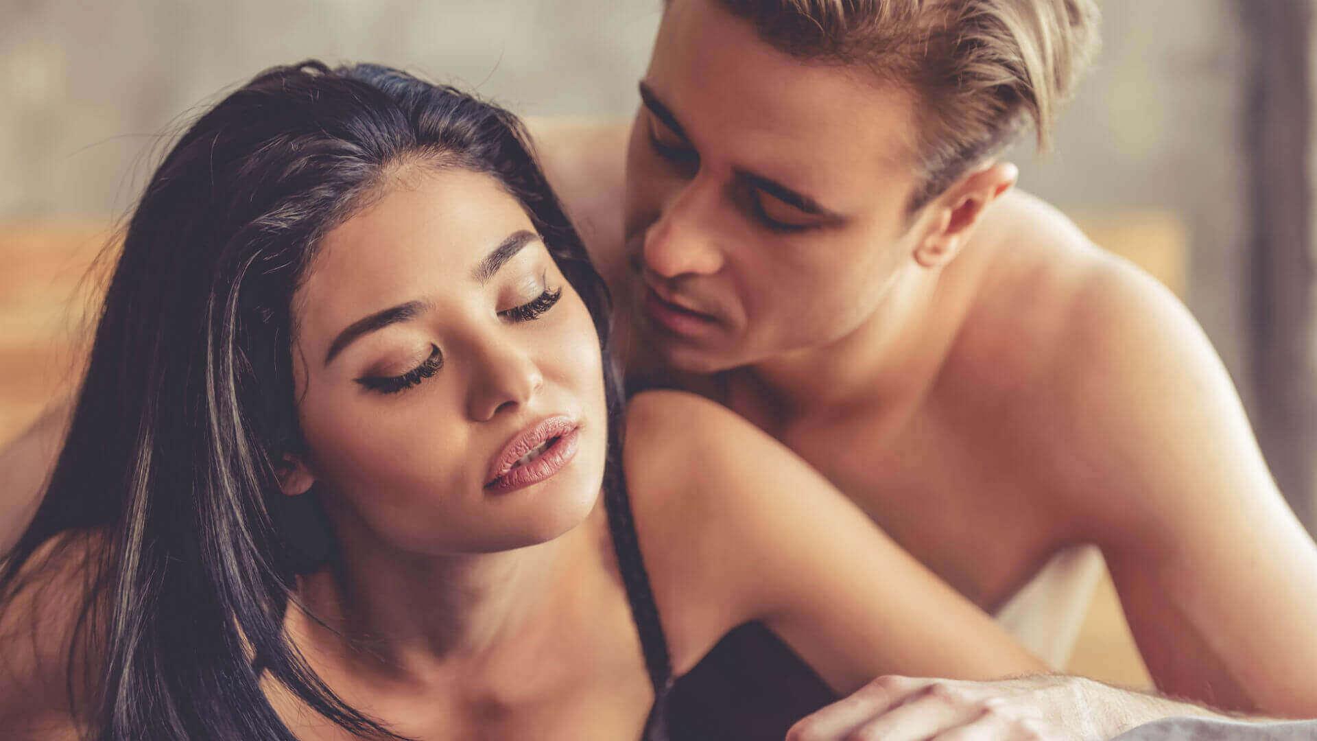 сексуальна поза для домінування чоловіка