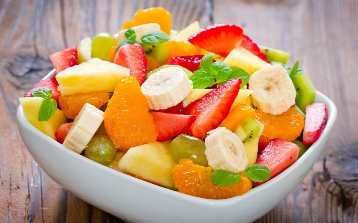 фрукти на вечерю
