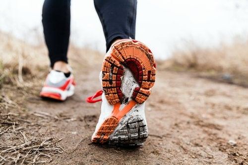 ходити на прогулянку корисно для здоров'я