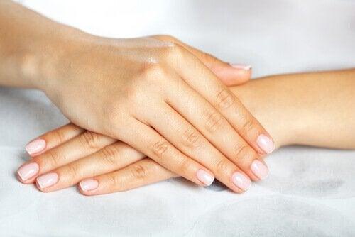мазь допомагає подолати грибок нігтів
