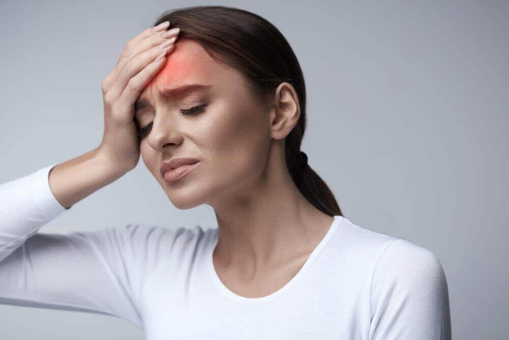 пошкодження артерій через високий кров'яний тиск