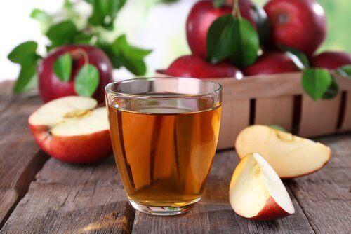 яблучний оцет може розбити камені в нирках