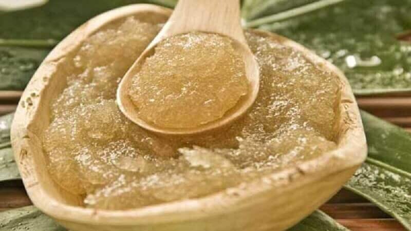 засіб з оливкової олії та цукру