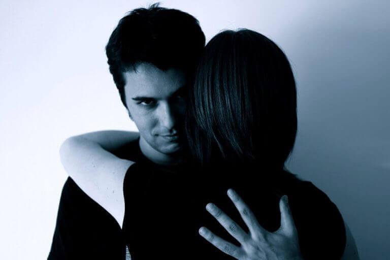 залишаєтеся в стосунках через страх