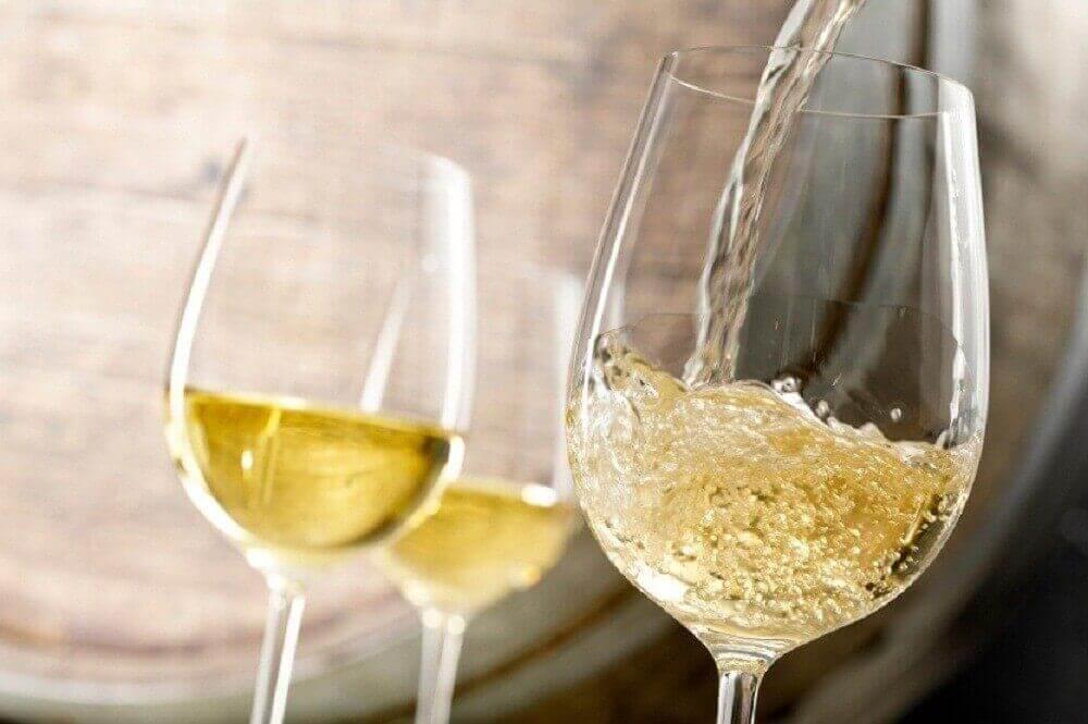 біле вино для лікування анемії