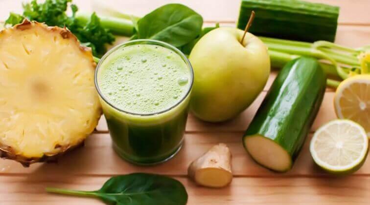 Детокс-напої для схуднення з ананасом