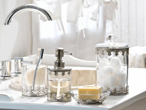 деталі декорування ванної кімнати