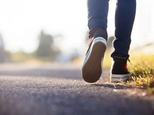 піші прогулянки дають енергію