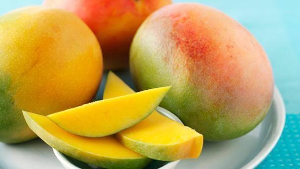 прості салати на основі манго