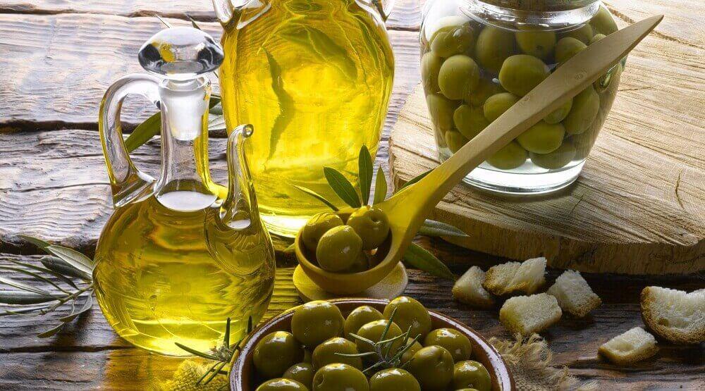 маски для блиску волосся з оливковою олією