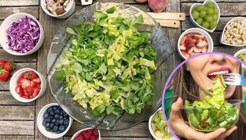 5 поживних та простих у приготуванні салатів